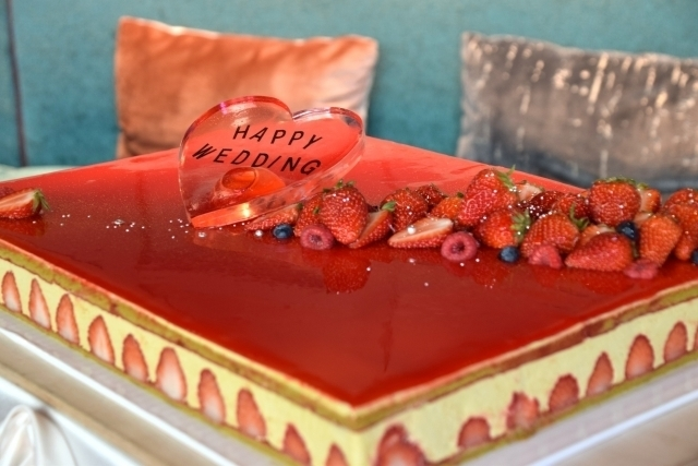 一段でもおしゃれでかわいい♡♡ウェディングケーキのデザイン集