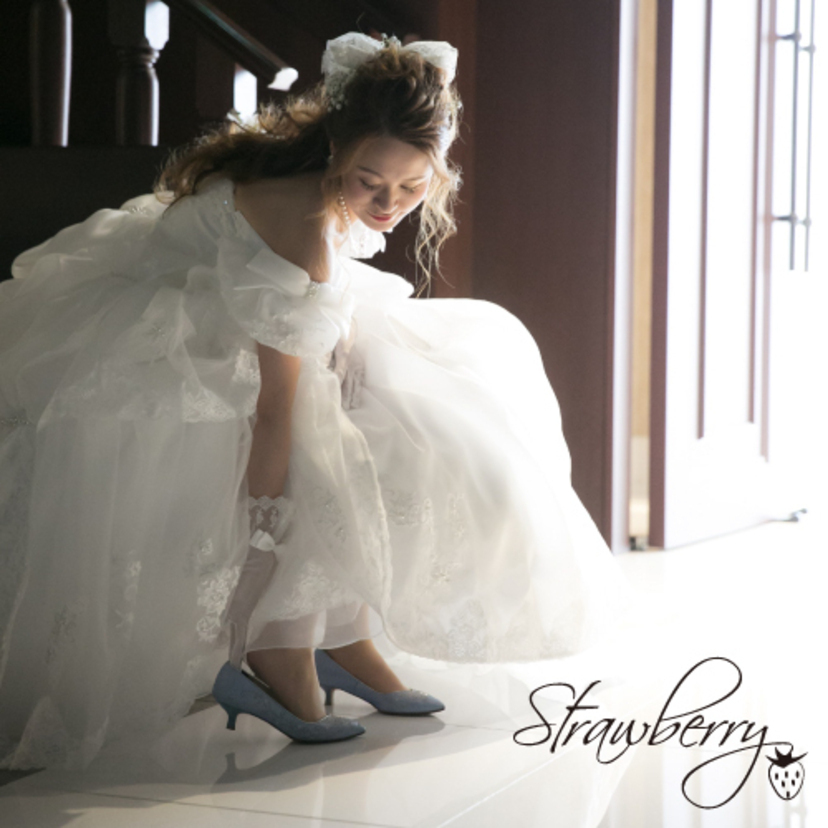 ffaf7836405a0 オシャレさんがこだわりたい!足元から花嫁を魅せる、ウェディング ...